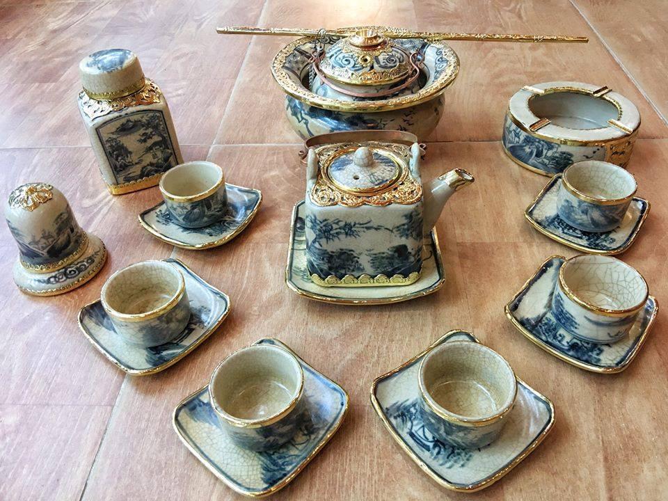 ấm chén trà men rạn