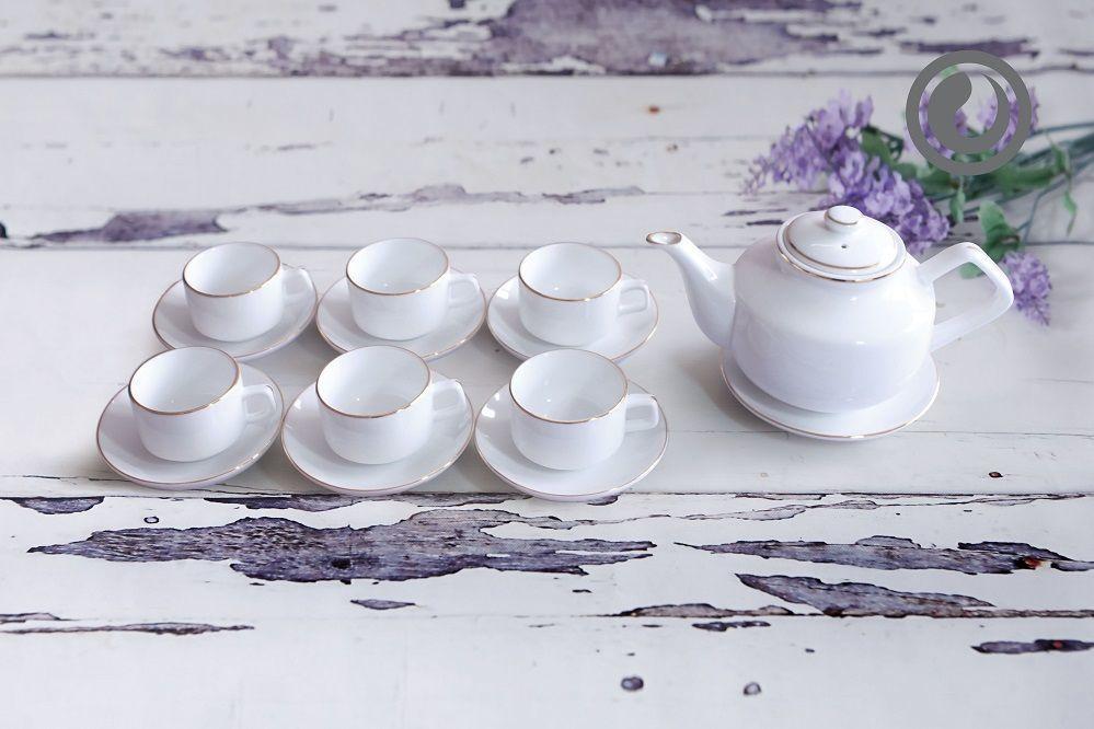 Mẫu ấm chén trà trắng